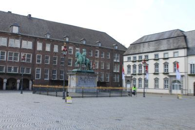 Dusseldorf old town - Central square