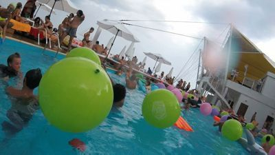 Pool party in Mantra beach club