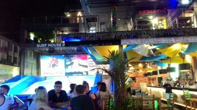 Surf House Patong - Surfing spot and bar