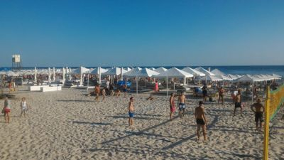 Istanbul iron port beach club - Beach volley ball and bungalows